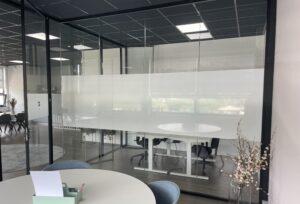 Samenwerking glaswanden